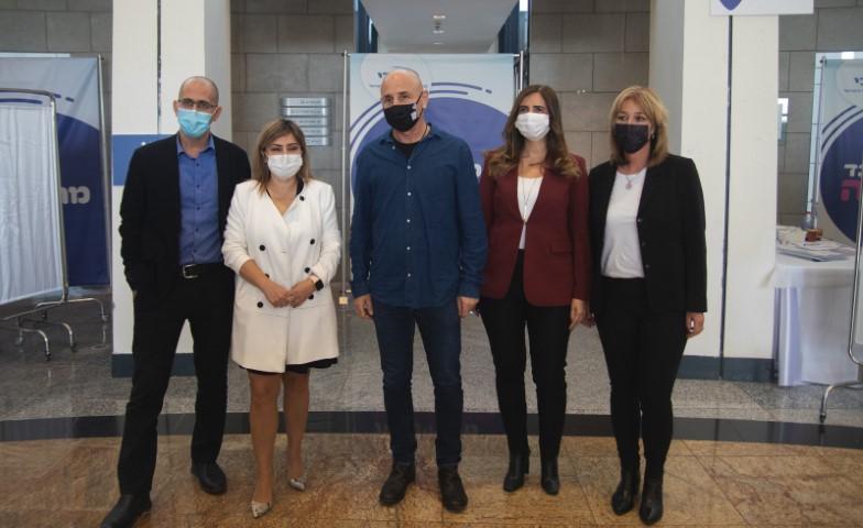 הוועדה לביקורת המדינה סיירה במתחם חיסוני הקורונה של מכבי